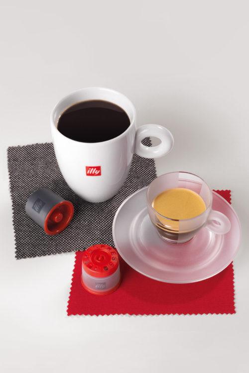 espresso e caffè all'americana, capsule e stoffe